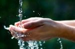 acqua e mani