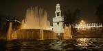 castello con fontana notturno