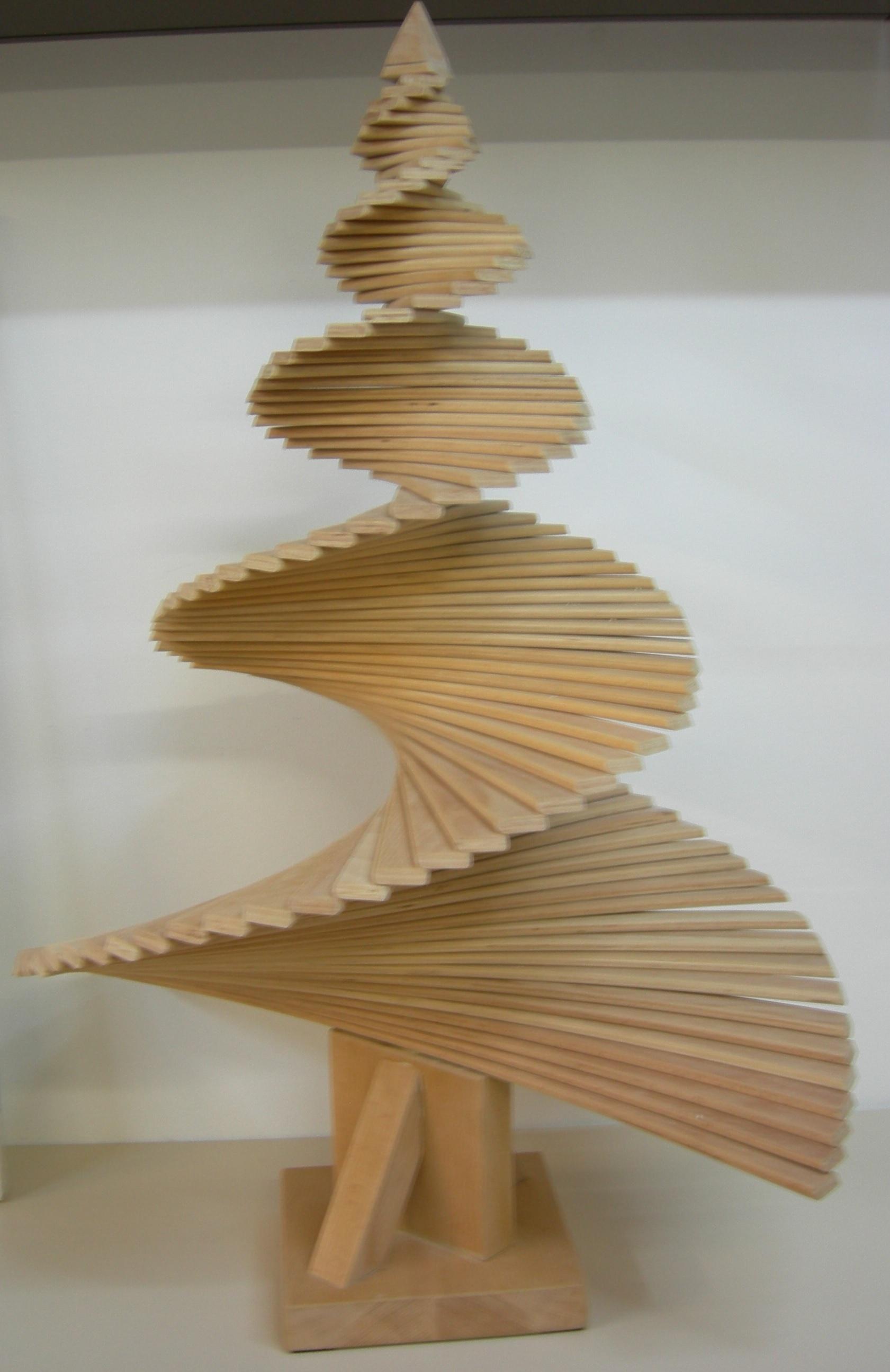 Quattro passi tra alberi e mercatini natalizi 2015 for Albero di natale di legno