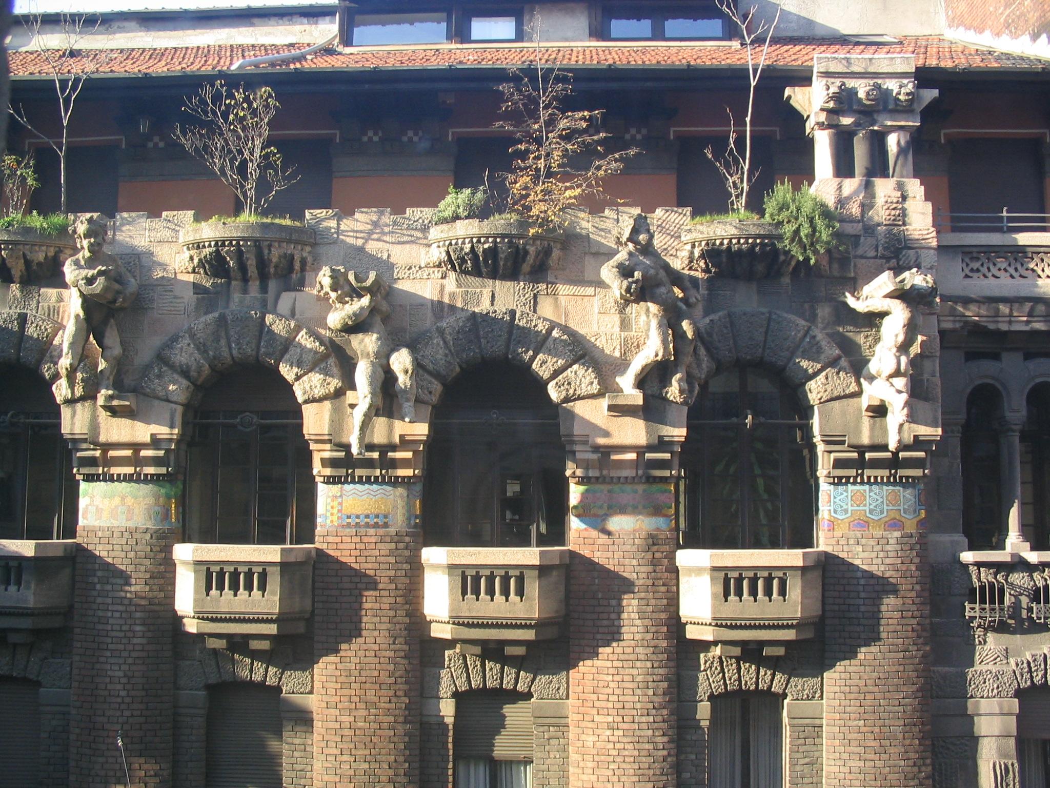 Risultati immagini per Milano Immagini belle : palazzo Berri-Meregalli